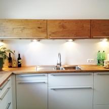 Küche weiß Arbeitsfläche
