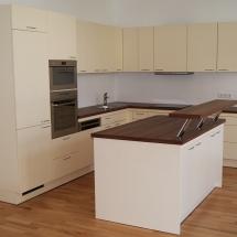 Küche Altbauwohnung Frontansicht
