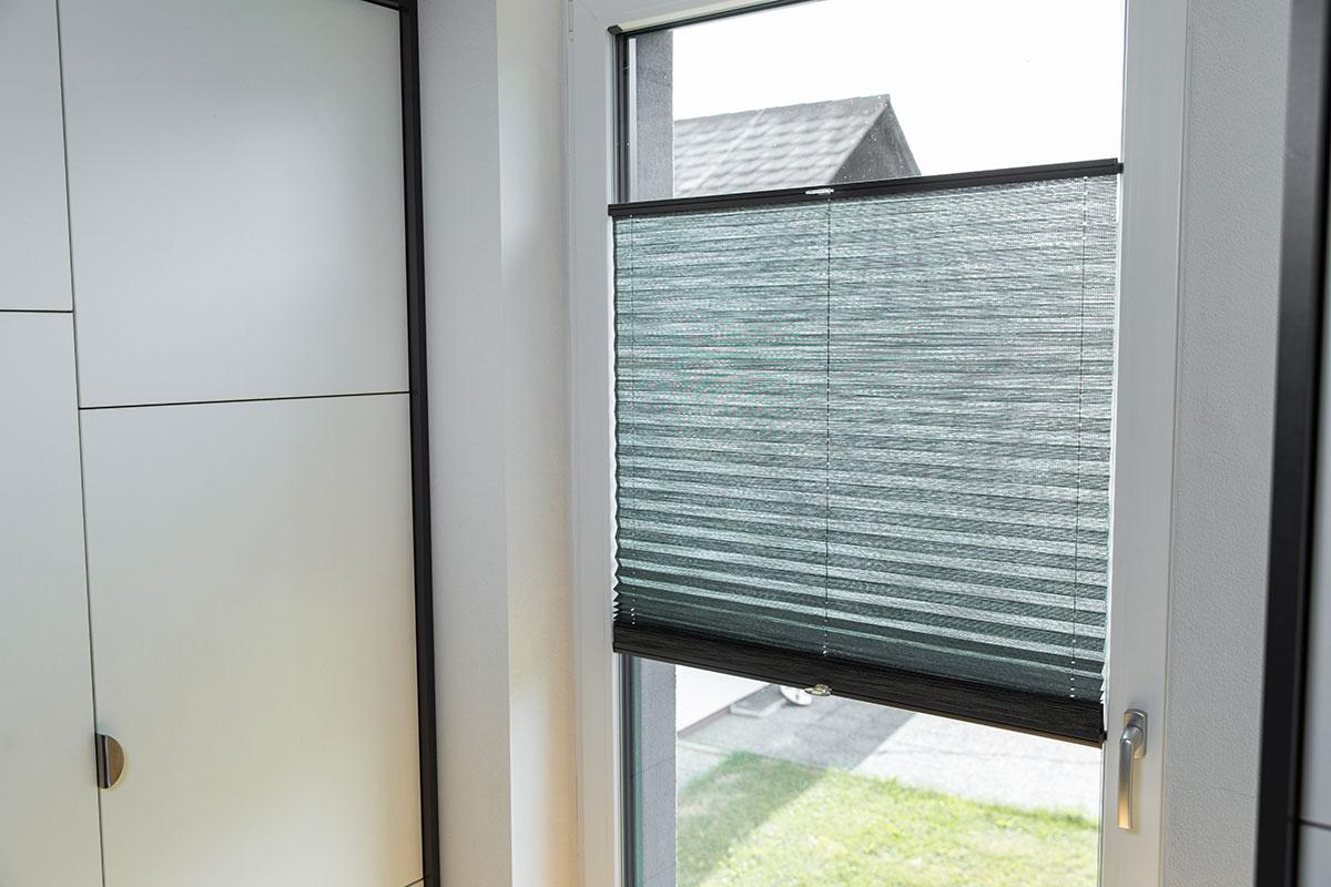 Fensterplissees vom Tischler nach Maß